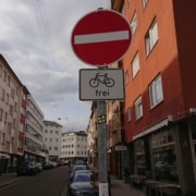 no entry but bikes